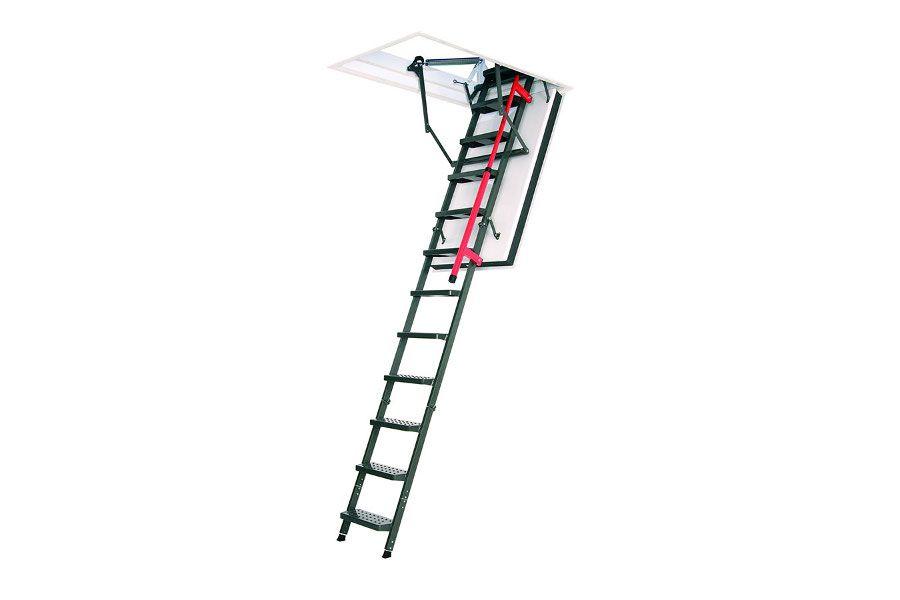 Escalera plegable ignífuga Plásticos y Claraboyas Matilla con cierre por tramos