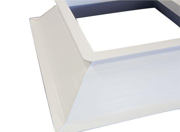 Base zócalo para claraboya fabricada en perfil de PVC